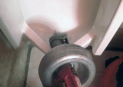 Snaking Urinal